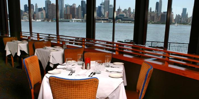 Chart House Weehawken wedding venue picture 14 of 16 - Provided by: Chart House Weehawken