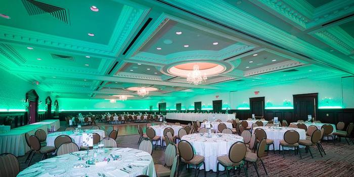 Radisson Hotel Cincinnati Riverfront wedding Lexington
