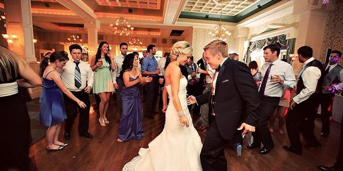 Inn at Erlowest wedding venue picture 11 of 16 - Photo by: Elario Photography