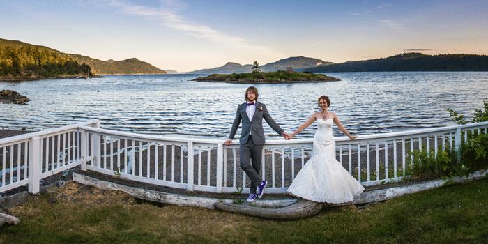 Outlook Inn on Orcas Island wedding Everett