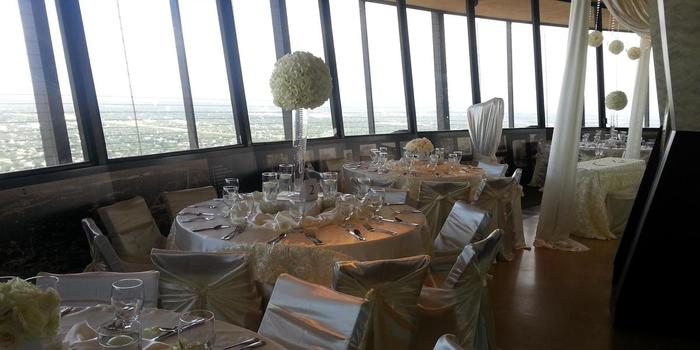 Chart House - Tower of the Americas wedding venue picture 4 of 16 - Provided by: Chart House Tower of America