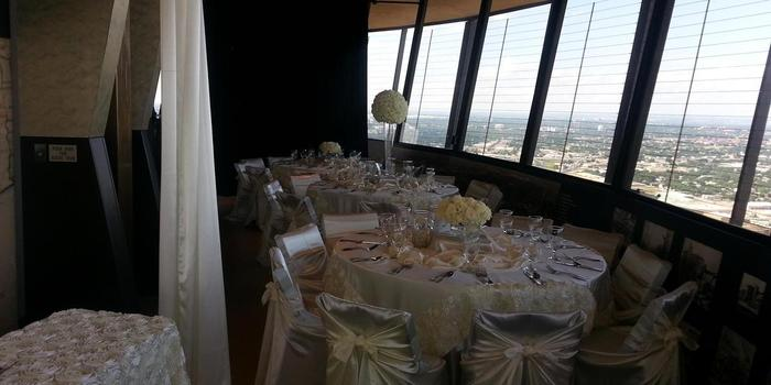 Chart House - Tower of the Americas wedding venue picture 8 of 16 - Provided by: Chart House Tower of America