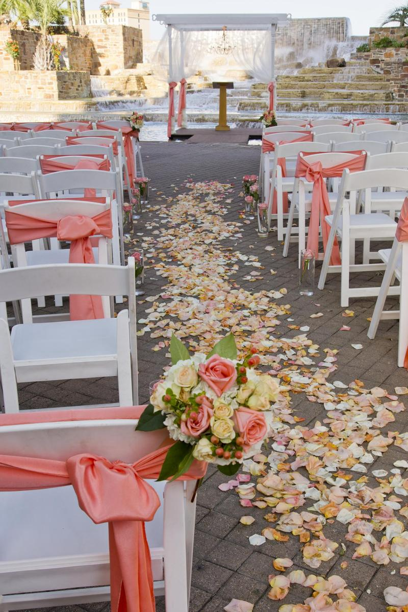 Chart House - Tower of the Americas wedding venue picture 3 of 16 - Provided by: Chart House Tower of America