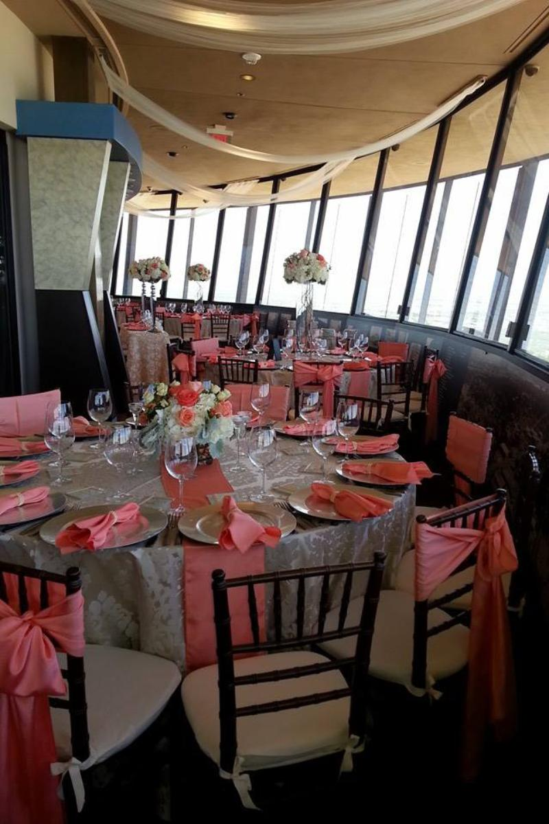 Chart House - Tower of the Americas wedding venue picture 7 of 16 - Provided by: Chart House Tower of America