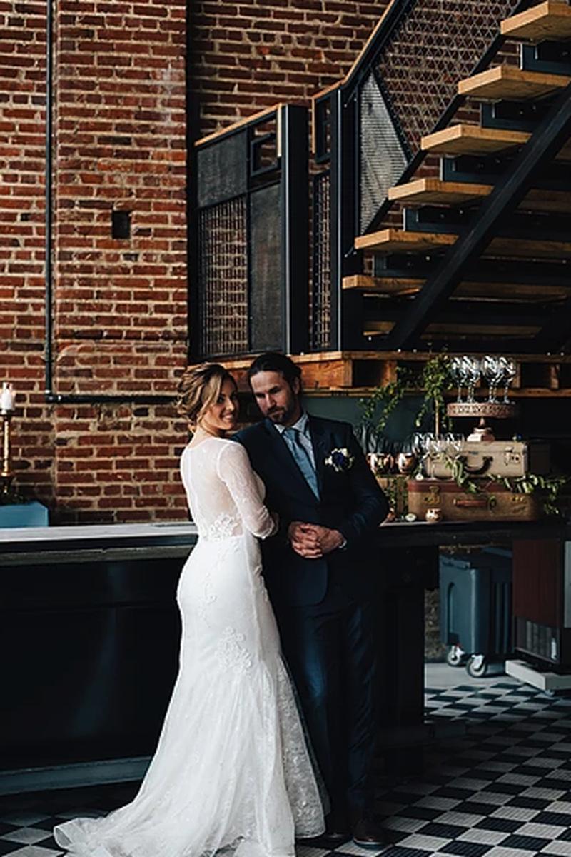 Cadillac Service Garage Weddings   Get Prices for Wedding ...