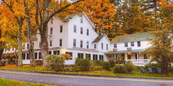 Glen Falls House weddings in Round Top NY