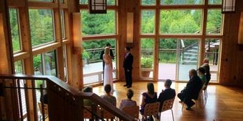Alaska Stillpoint Lodge weddings in Halibut Cove AK