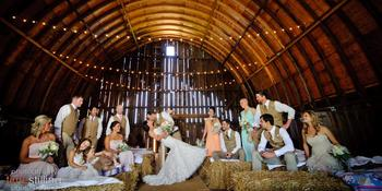 Barn at Allen Acres weddings in Rock Falls IL