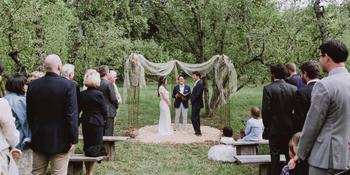 Philo Apple Farm weddings in Philo CA