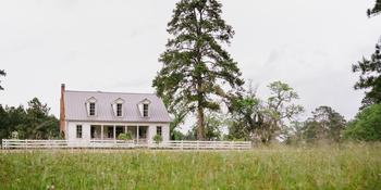 The Historic Hill House and Farm weddings in Willis TX