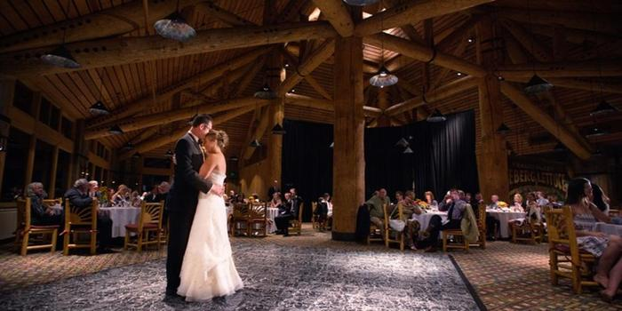 The Lodge at Sunspot, Winter Park Resort wedding venue picture 1 of 12 - Photo by: Autumn Burke Photography