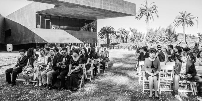 de Young Museum wedding venue picture 4 of 16 - Photo by: Sonia Savio Photography