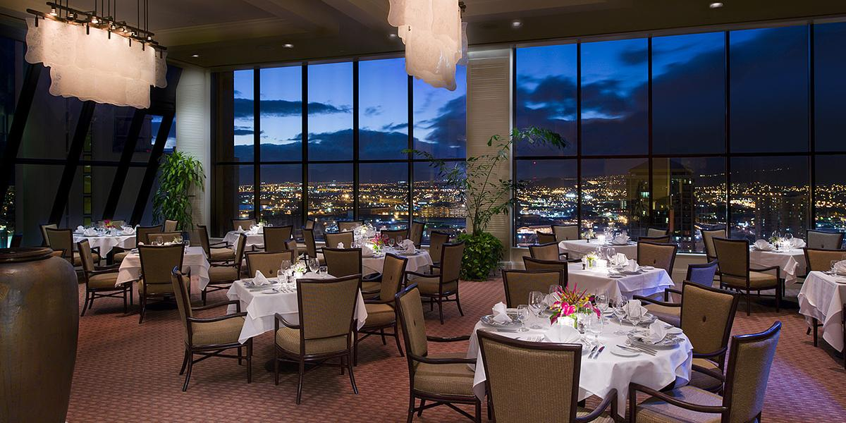 The Plaza Club Oahu Weddings Get Prices For Wedding Venues In Hi