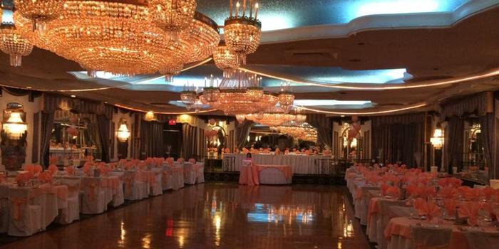 Astoria World Manor wedding venue picture 1 of 16 - Provided by: Astoria World Manor