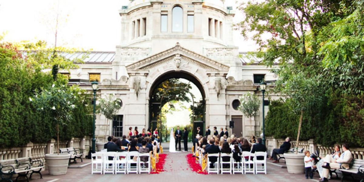Bronx zoo weddings get prices for wedding venues in new for Outdoor wedding venues ny