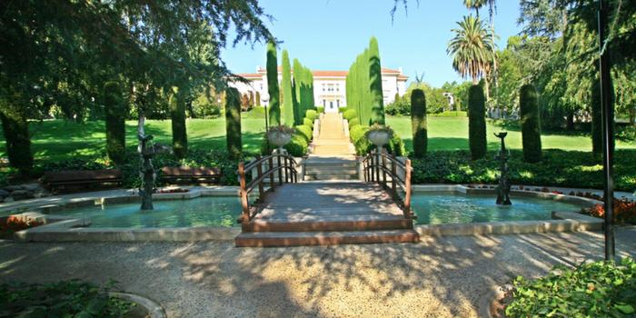 Ambassador mansion gardens weddings get prices for for Castle wedding venues southern california