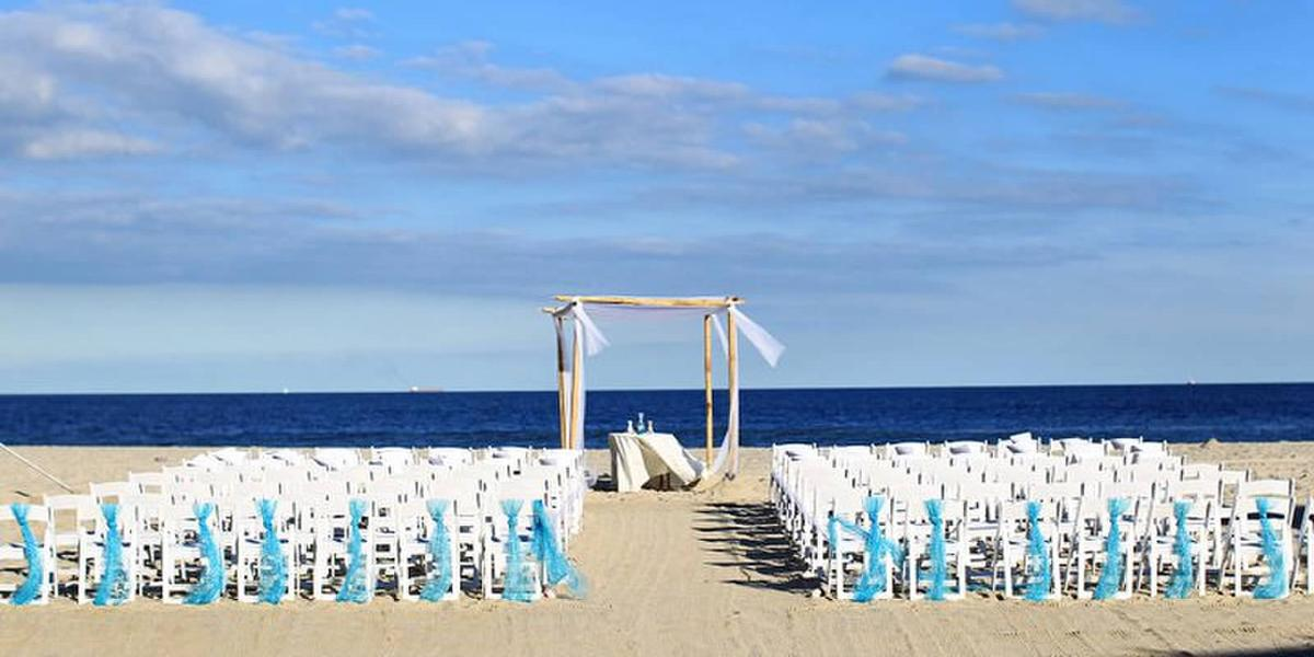 McLoone's Pier House Weddings   Get Prices for Wedding ...