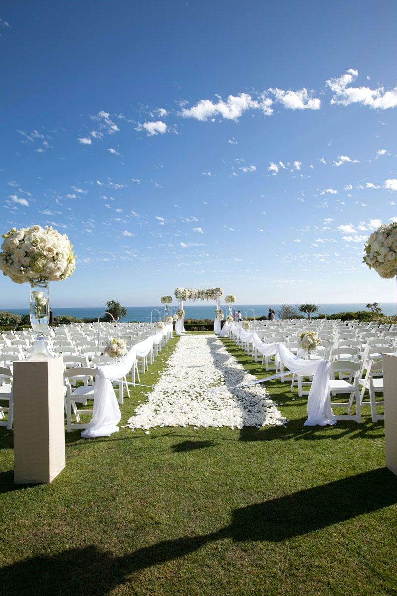 Beach weddings and wedding locations california auto for Honeymoon locations in california