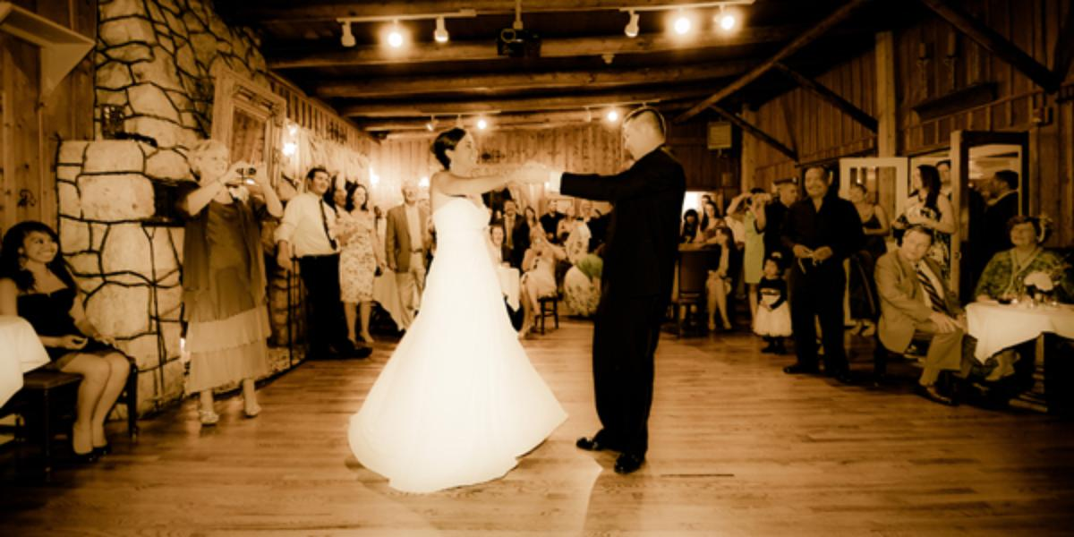 The Historic Brook Forest Inn Weddings Get Prices For