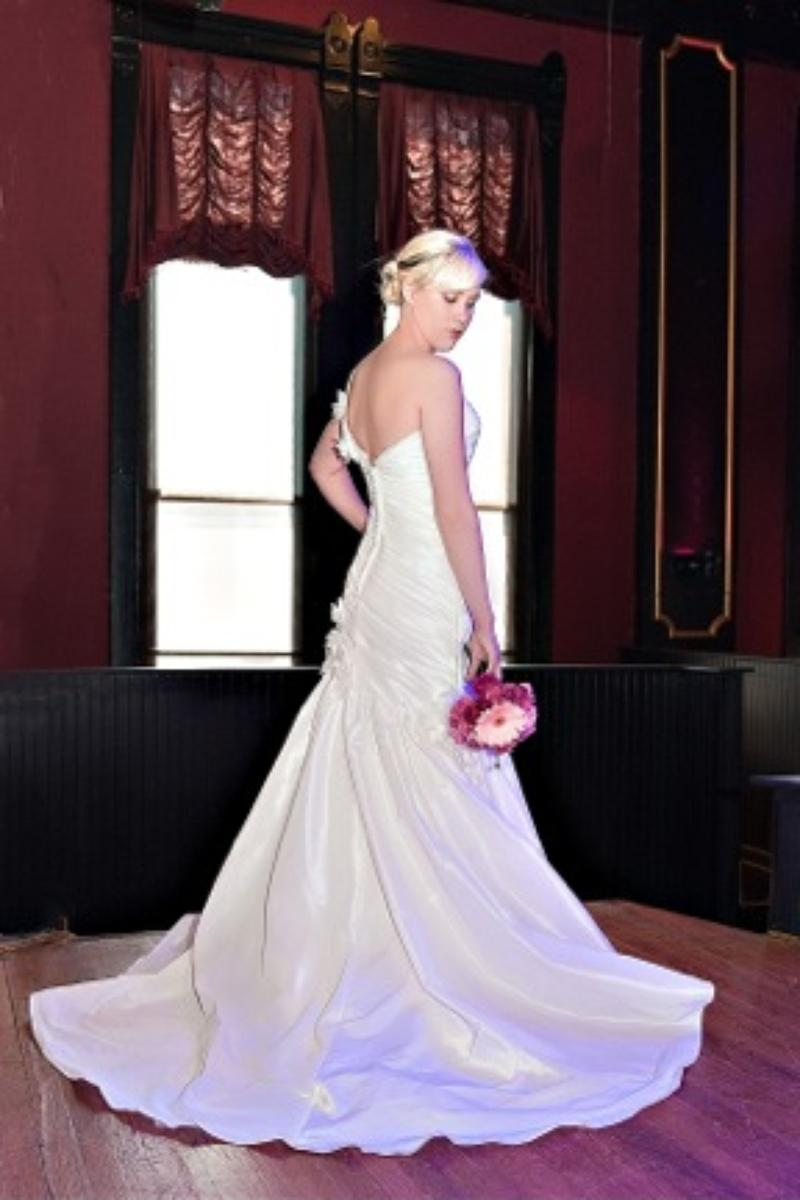 Dickens Opera House wedding venue picture 8 of 11 - Photo by: Jennifer Schumacher Photography