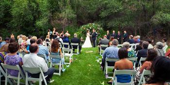 Stone Mountain Lodge and Cabins weddings in Lyons CO