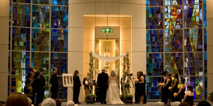 University Synagogue wedding venue picture 1 of 9 - Photo by: R & R Creative Photography