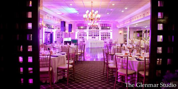 Swan Club wedding venue picture 4 of 16 - Photo by: The Glenmar Studio