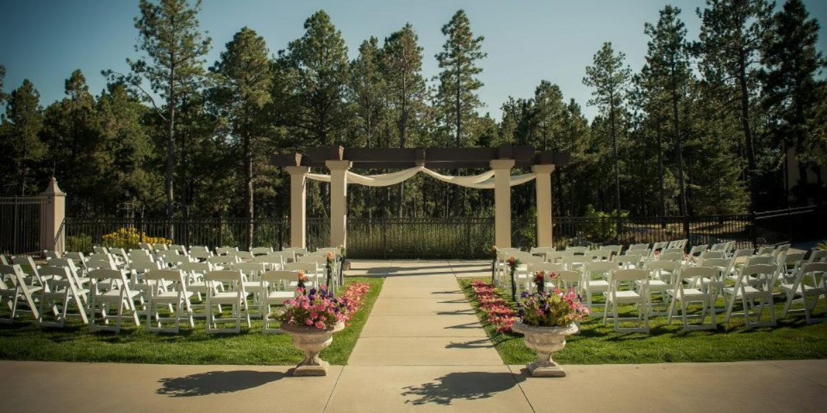The pinery at black forest weddings get prices for for Forest hill wedding venue