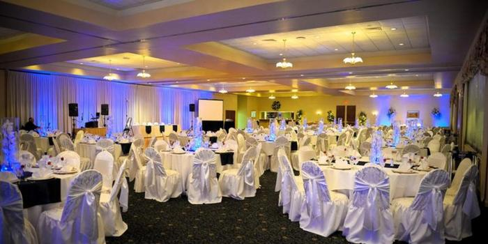 Castleton Banquet and Conference Center wedding venue picture 3 of 16 - Photo by: Adriano Batti Photography