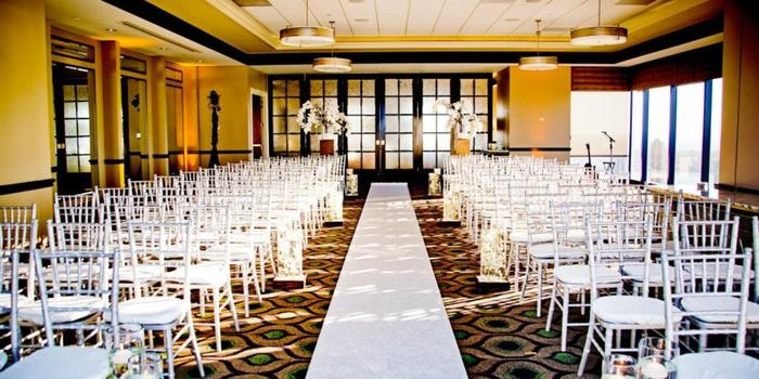 The University Club Atop Symphony Towers wedding venue picture 2 of 16 - Photo by: True Photography