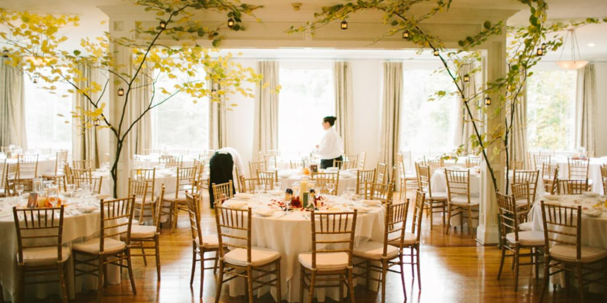 Seven hills inn weddings get prices for wedding venues for Lenox ma wedding venues