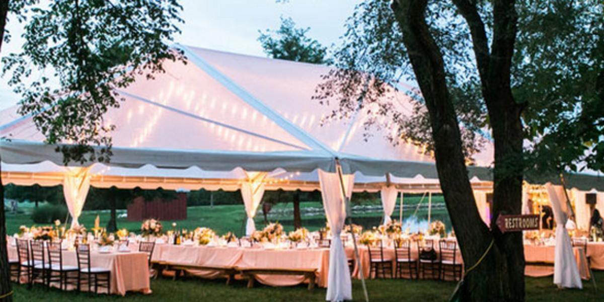 cedar lake cellars weddings in wright city mo