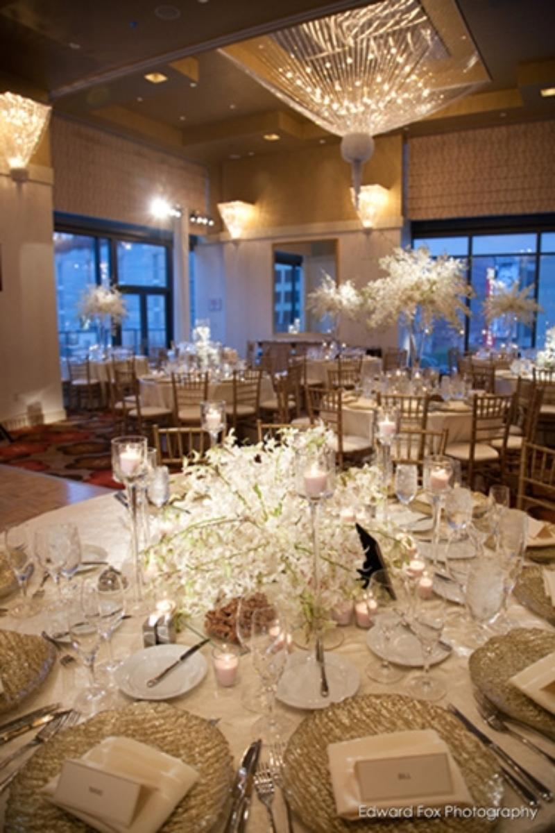 Palomar Chicago wedding venue picture 3 of 9 - Photo by: Edward Fox Photography