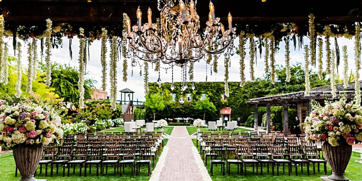 Vintage house weddings get prices for wedding venues in ca for What is wedding venue