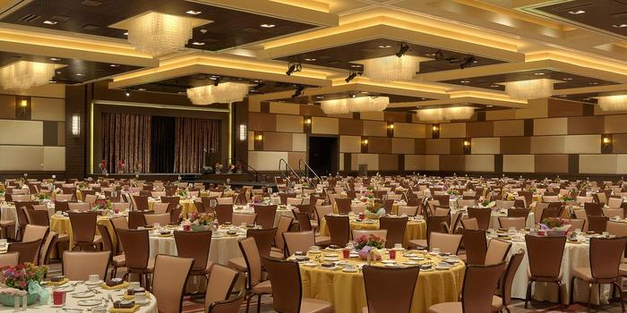 The M Resort Spa And Weddings Get S For Wedding Venues Henderson Nv Bernit Bridal