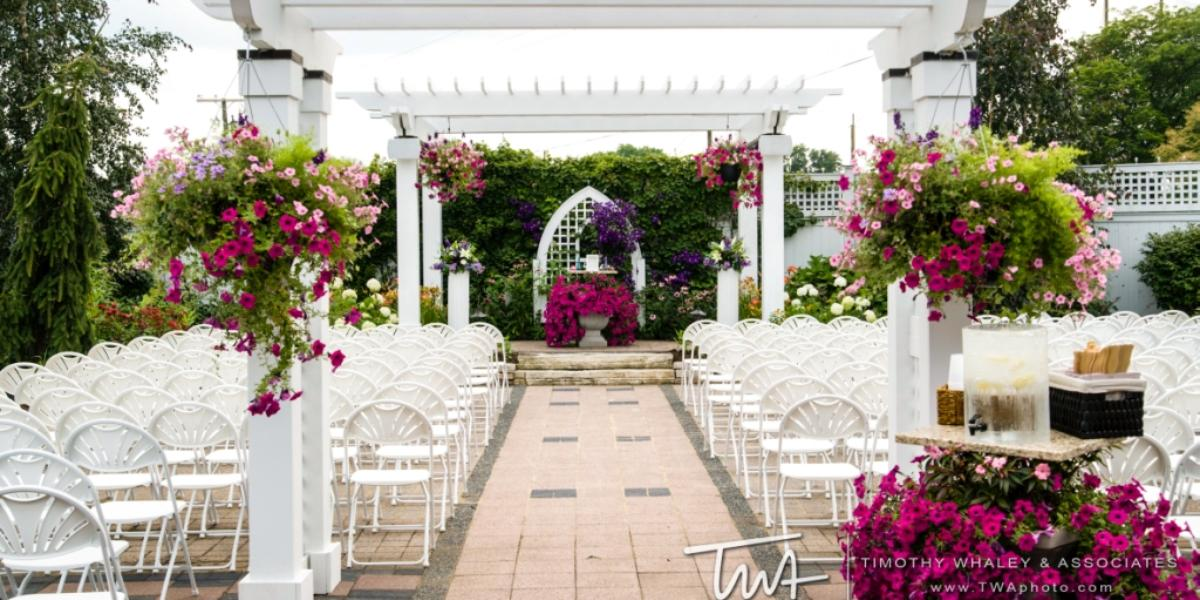 Silver Lake Country Club Weddings   Get Prices for Wedding ...