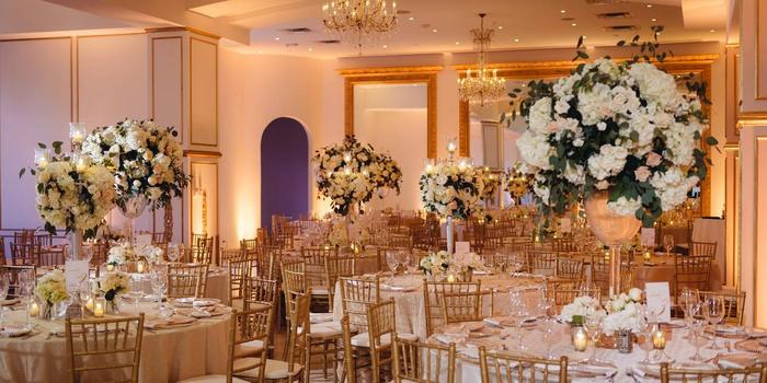 Chateau Cocomar wedding venue picture 8 of 16 - Photo by: Jonathan Ivy Photography