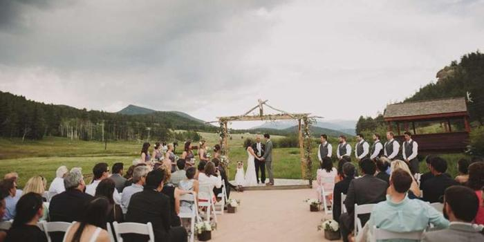 Deer Creek Valley Ranch wedding venue picture 9 of 15 - Photo by: Rouxby Photography