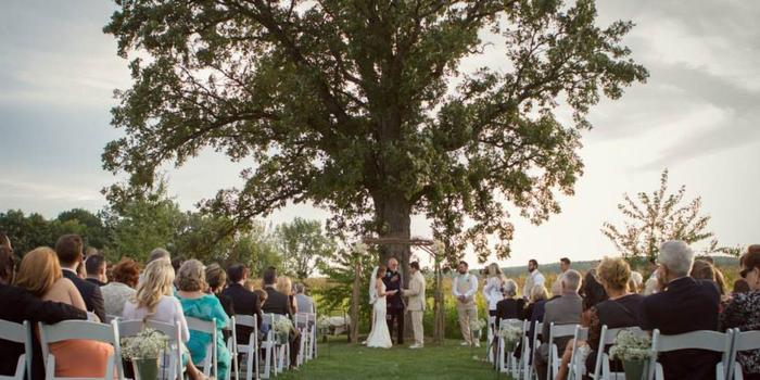 Emerson Creek Pottery Tearoom Wedding Venue Picture 2 Of 16 Photo By Moments