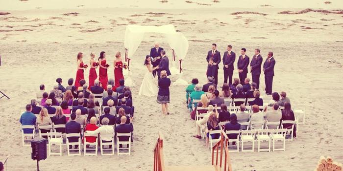 La Jolla Shores Hotel wedding venue picture 5 of 16 - Photo by: She Wanders Photography
