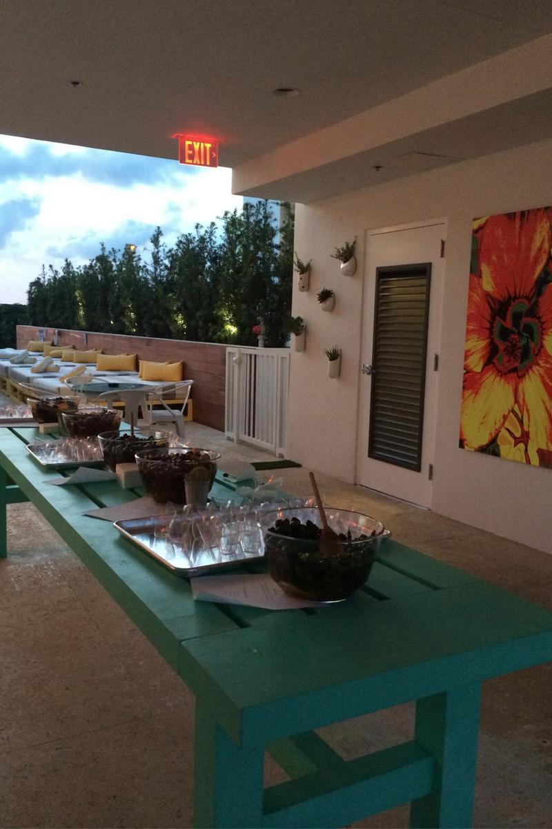 Vintro Hotel Kitchen Weddings Get Prices For Miami Wedding Venues In Miami Beach Fl