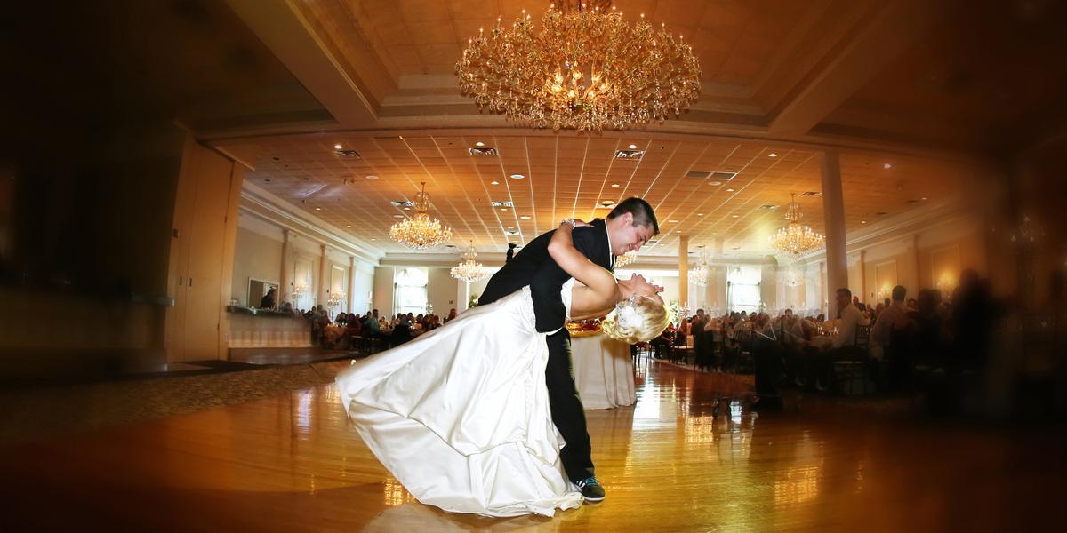 abbington distinctive banquets weddings in glen ellyn il