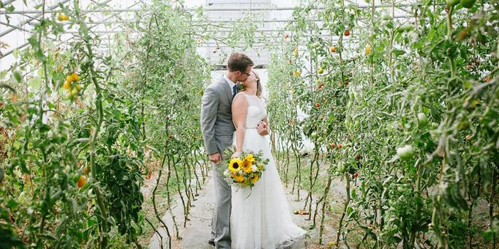 Heritage Prairie Farm wedding venue picture 12 of 16 - Photo by: Esenam Photography