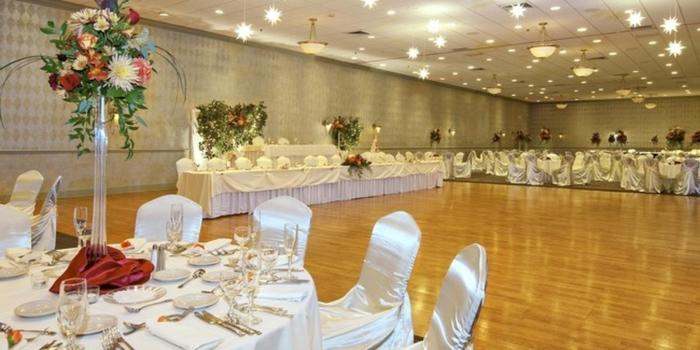 Radisson Hotel Rochester Riverside Weddings