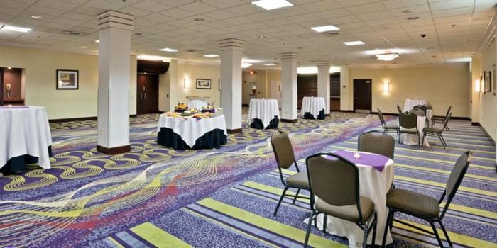 Radisson Hotel Rochester Riverside Weddings