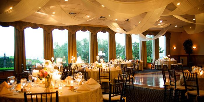 Land 39 s end weddings get prices for wedding venues in for Small wedding venues ny