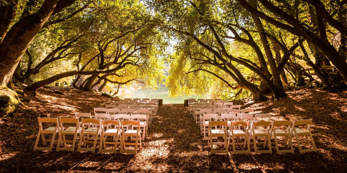 Leonard lake reserve weddings get prices for wedding for Wedding spots in california