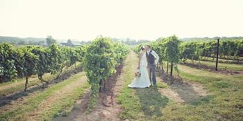 Crown Valley Winery weddings in Sainte Genevieve MO