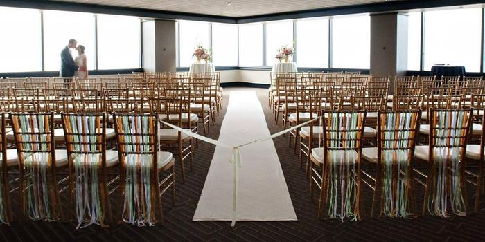 The Columbia Tower Club wedding venue picture 1 of 11 - Photo by: Barbie Hill Photography