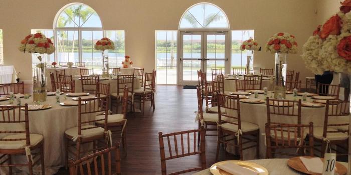 Ballroom Outdoor Wedding Venue Jogja: Vista Lago Ballroom Weddings